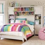 çok renkli bir genç odası dekorasyonu
