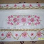 havlu kenarı örnekleri pembeli ve simli oyalı