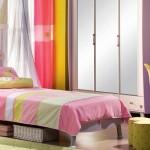 çilek genç odası aynalı gardolap tasarımı