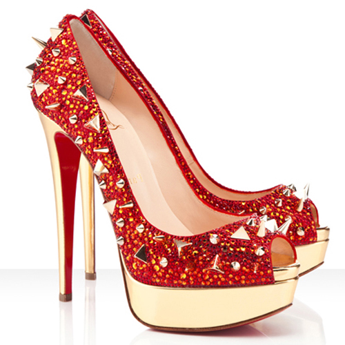 Çok şık kırmızı ayakkabı örnekleri