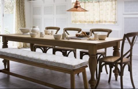 çok kişilik yemek masası
