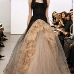 ünlü moda tasarım kabarık elbiseler
