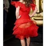 ünlüler ve çok cesur kırmızı elbiseleri