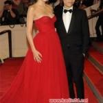 2012 kırmızı tüllü straplez elbisemodeli