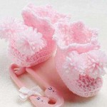 bebek pembe pomponlu patik örneği