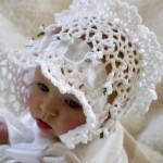 beyaz çiçekli örgü şapka modeli