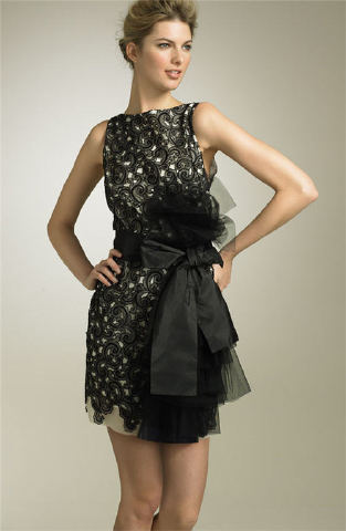 dantelli fiyonklu mini elbise