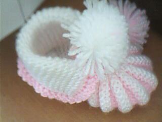 en şirin örgü bebek patik modelve örnekleri