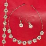 en güzel minik çiçekli gümüş takı seti