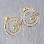 gucci beyazlı altın küpe örnekleri