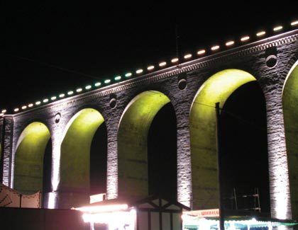 köprü altlarında kullanılan led aydınlatma ürünleri örneği