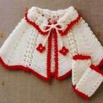 kırmızı-beyaz-renkli-bebek-pelerinler