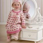 kız bebek  yuvarlak yaka çiçekli elbise şapka patik üçlüsü