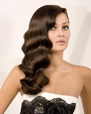 kahverengi uzun  dalgalı saç trendleri