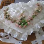 kalp şeklinde çiçekli en güzel damat bohça modeli