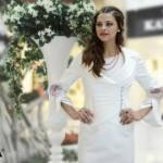 kayra en güzel beyaz kruvaze elbise