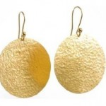 kendinden desenli altın küpeler