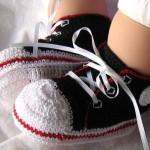 konvers spor ayakkabı modeli bebek patik örneği