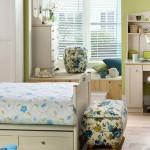 mavi çiçekli genç odası tasarımı