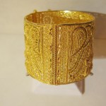 otantik çok modern altın bilzik modeli