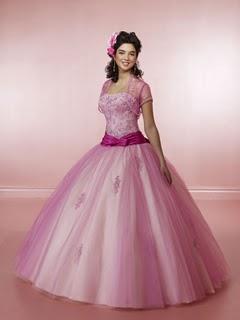 pembe tüllü kabarık çok şirin elbise
