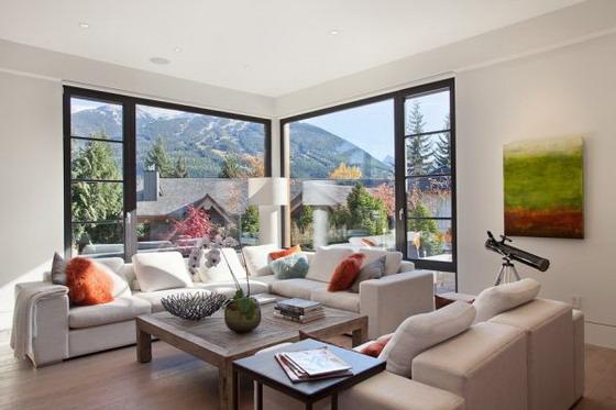 Renkli en güzel oturma odası dizaynı