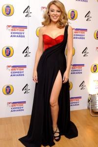 siyah kırmızı seksi derin yırtmaçlı elbise