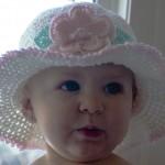 tığ işi kız bebekleri için şapka ve bereler