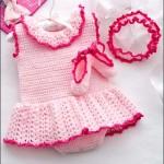 çok sevimli yazlık örgü bebek elbiseleri