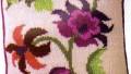 İntarsia – Renkli Örgü Yastık Modeli