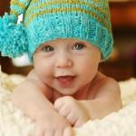 şiş örme çok şirin bebek beresi modeli
