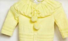 Burgu Modeli Yakalı Ponponlu Bebek Hırka Örneği