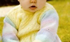 Kız Bebekler İçin Örgü Elbise ve Şapka Takımı Örneği