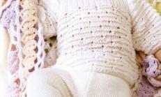 Patikli Beyaz Renkli Bebek Pantolon Modeli