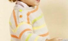 Omuzdan Düğmeli Renkli Erkek Çocuk Kazak Modeli