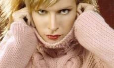 Burgu Modelli Taş Süslemeli Pembe Bayan Kazak Modeli