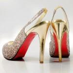 altın yaldız pullu sivri burun topuklu ayakkabı