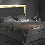 altın yaldız vurgu siyah kadife lüks yatak odası takımı