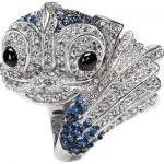 balık şeklinde gümüş renkli taşlı yüzük