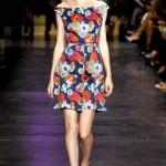 cacharel kayık yakalı çiçekli elbise