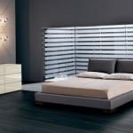 deri tasarım yatak yatak beyaz dolaplı yatak odası örneği