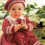 en güzel örgü işi bebek elbiseleri