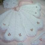 en yeni bebek pelerini örgü işi pelerin