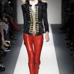farklı kırmızı dar paça deri pantolon modelleri
