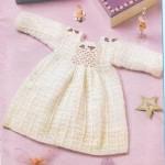 güllü tığ ile örülmüş kız çocuk elbiseleri