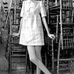 kare desenli fiyonklu mini elbise modeli örneği