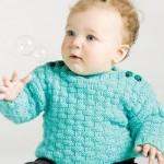 kareli en güzel örgü bebek elbiseleri