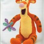 rengaren kız çocukları için örgü oyuncak örneği