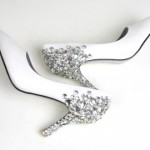 sade çok şık taşlı gelin ayakkabı modelleri