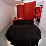 siyah modern yuvalak yatak örtüsü